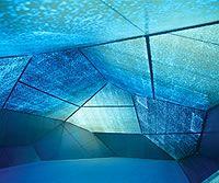 carsten nicolai | syn chron 色が綺麗。ステンドグラスみたい。幾何学的な形が好きです