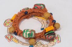 Bracciale di lana arancione   con pietre balinesi lavorato a mano con il crochet., by Ideacreazioni, 25,00 € su misshobby.com