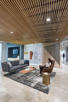20 Irresistible Scandinavian Design Offices That Will Boost Your Productivity - Di Home Design Office Sofa, Office Lounge, Basement Makeover, Basement Renovations, Basement Ideas, Office Interior Design, Office Interiors, Wood Slat Ceiling, Wood Ceilings