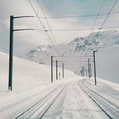 Matterhorn Gotthard Bahn near the station Nätschen // Andermatt