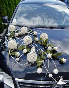 Wedding car decoration the ideal vehicle for your wedding ideas junglespirit Image collections