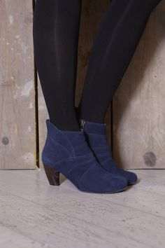 Esska Hoola in Navy Suede. Beautiful and comfortable Comfortable Shoes, Best Sellers, Make It Simple, Ankle, Navy, Boots, Beautiful, Fashion, Comfy Shoes