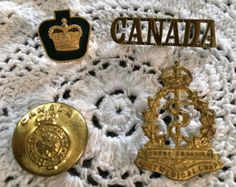Badges/FREE SHIPPING! Vintage Kings Crown Button & Medical Corps Badge/Queens Crown Badge /CANADA Badge