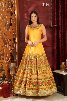 96efa3803fe 211 Best Dress collection images in 2019