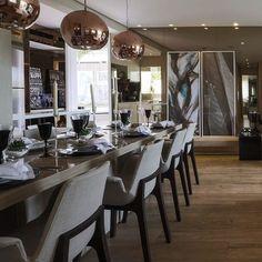 """C Arq no Instagram: """"Bronze! Aquece e imprime sofisticação!! Aqui nos espelhos e pendentes!! #c_arq #projetoc_arq #decor #instadecor #intadesign #interiors #interiores #projetodeinteriores #decoração #archlovers #details #cool #amazing #bronze #homedecor #homedesign #design #pendentes #mirror #interiordesign #decor #decora #style. @golovaty76"""""""