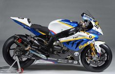 2013 BMW S1000RR Racing Superbike. One of these days BMW Motorrad GoldBet racing team officially presented its racing superbike. With active weight of 183 kg racing motorcycle has 999 cc 4 cylinder inline engine. The bike is able to produce 193 hp