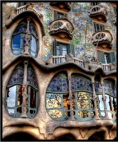 10 dingen die je zeker moet doen in Barcelona, Spanje - Deze pin repinnen we om jou te inspireren voor je vakantie!