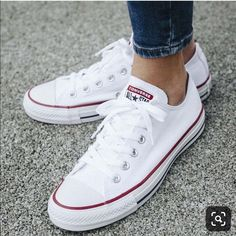 Converse Shoes Converse Chuck Taylor Classic White Low Top Shoes Color White Size 7 is part of White shoes sneakers - Sneakers Mode, Converse Sneakers, Sneakers Fashion, Fashion Shoes, Men Sneakers, Sneakers Workout, Converse Fashion, Girls Sneakers, Black Sneakers