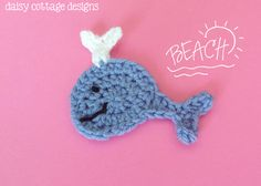 Use this whale crochet pattern from Daisy Cottage Designs to add a nautical flare to your next crochet project! Crochet Fish, Crochet Bows, Crochet Girls, Crochet Chart, Cute Crochet, Crochet Motif, Crochet Flowers, Crochet Patterns, Crochet Starfish