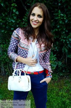 Paula Echevarría con chaqueta corte chanel con pedrería - Highly Preppy