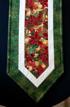 Traditional Christmas poinsettias and gold ornaments table runner – reversible with a different season on the back - ranscism. Quilted Table Runners Christmas, Christmas Patchwork, Christmas Runner, Table Runner And Placemats, Table Runner Pattern, Christmas Poinsettia, Christmas Sewing, Christmas Crafts, Christmas Quilting