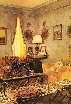 Lee Radziwill 5th Avenue New York apartment. Interior Design by Mongiardino. Image via Cote de Texas