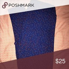 TC LuLaRoe Starry Night Leggings Like new without tags, TC sized (fits 12-22) LuLaRoe leggings with white & red twinkle stars on a blue background. Sparkle like a patriotic twilight sky. PERFECT FOR MEMORIAL DAY COMING UP!!! 🇺🇸 LuLaRoe Pants Leggings