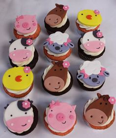 Farm Animals Fondant Cupcake Toppers by SugarLoveAndHappines