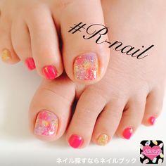 ネイル 画像 1563892 カラフル ピンク ゴールド タイダイ ラメ ワンカラー デート 夏 リゾート ソフトジェル フット ショート Feet Nail Design, Self Nail, Feet Nails, Japanese Nails, Cute Toes, Toe Nail Art, Fabulous Nails, Spring Nails, Diy Nails