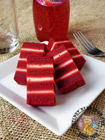Kek Lapis Red Velvet Asian Desserts, Sweet Desserts, Sweet Recipes, Layer Cake Recipes, Dessert Recipes, Velvet Cake, Red Velvet, Lapis Legit, Resep Cake