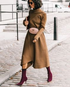 "Polubienia: 13.7 tys., komentarze: 71 – streeTrends (@streetrends) na Instagramie: "": @collagevintage2 #ootd #style #fashion #chic #elegant #style #streetstyle #fashionable…"""