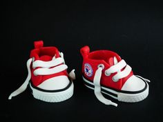 Red Converse All Star Sneakers - Tutorial