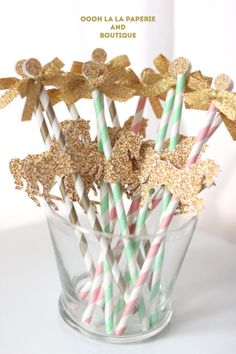 Ready to Ship- Glittered-Style Merry-Go-Round Cupcake Toppers in Gold- Set of 12 Carousel Birthday Parties, 2nd Birthday Parties, Birthday Fun, Birthday Ideas, Baptism Party, Baby Party, Juegos Baby, Horse Party, Baby Girl First Birthday