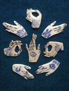 "thevisualvamp: "" figdays: """"Hands Mystic"" Pin // LisonLaMorue "" Talk to the hand "" Ceramic Clay, Ceramic Pottery, Clay Projects, Clay Crafts, Creation Art, Motifs Animal, Art Graphique, Air Dry Clay, Clay Jewelry"
