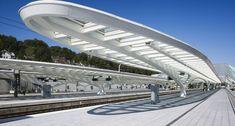 GUILLEMINS TGV RAILWAY STATION in LIÈGE. Santiago Calatrava Santiago Calatrava, Roof Structure, Shade Structure, Building Structure, Bus Station, Train Station, Futuristic Architecture, Architecture Details, Bus Shelters