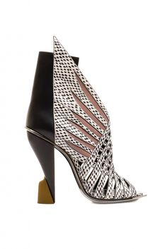 "Architectural Shoes the New ""it"" Trend this Season 