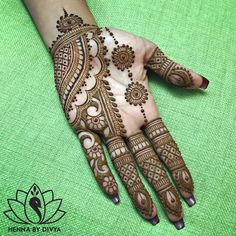 Mehndi henna designs are always searchable by Pakistani women and girls. Women, girls and also kids apply henna on their hands, feet and also on neck to look more gorgeous and traditional. Henna Hand Designs, Dulhan Mehndi Designs, Mehndi Designs Finger, Mehendi, Mehndi Designs For Girls, Mehndi Designs For Beginners, Modern Mehndi Designs, Mehndi Design Photos, Latest Mehndi Designs