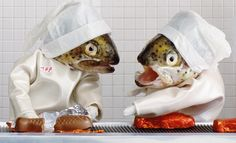Elaborate Dioramas Populated by Fish-Headed Figures