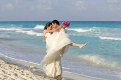 Wedding Checklist Destination Wedding Countdown Calendar BridalGuide - Planning a destination wedding requires a whole separate timeline. Here, learn how to get everything done for your wedding with time to spare. Wedding Calendar, Wedding Countdown, Jamaica Wedding, Cruise Wedding, Wedding Planning On A Budget, Budget Wedding, Wedding Costs, Wedding Day, Countdown Calendar