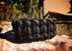 how-to-make-a-paracord-bracelet