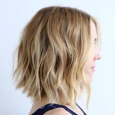 Wavy Shaggy Honey Blonde Lob