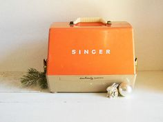 Vintage Singer Sewing Machine Sew Handy Electric 1950's-60's-TOY Display RETRO Midcentury