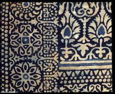 Textile fragment with rosettes, arches, stylized trees or flowers and leaves, Egypt, 13th-14th century.