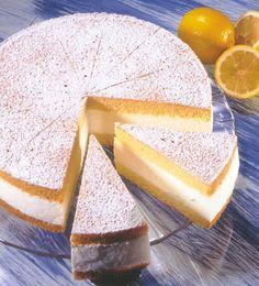 Festliche Käse-Sahne-Torte mit Quark und Sahne