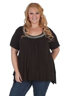 Add colour and a bit of bling with this top from #Curvaceousclothing# #plussize# #top# Sizes 18 to 28