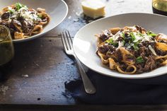 Delicious, affordable and meltingly tender beef shin ragu recipe from Chelsea Winter Beef Shin Recipes, Meat Recipes, Slow Cooker Recipes, Vegetarian Recipes, Cooking Recipes, Healthy Recipes, Beef Recepies, Dinner Dishes, Pasta Dishes
