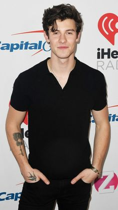 has anybody noticed how hot he is , wait I remember he was a overnight sensation .there is no one person in this world who doesn't like shawn mendes Ed Sheeran, Aaliyah, Shawn Mendes Wallpaper, Chon Mendes, Mendes Army, Ethan Dolan, Magcon, My Favorite Music, Prince Charming