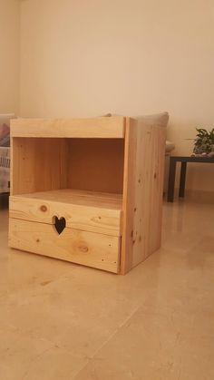 Mesita de noche ,madera palet Pallet Furniture, Pallets, Bench, Bedroom, Storage, Home Decor, Recycled Furniture, Rustic Wood, Bedside Tables