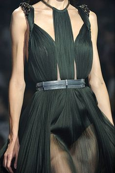 Lavin Spring/Summer - 2012 ; pleating like the Fortuny dresses of the time