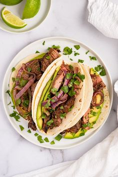 Easy Carne Asada Tacos made with the BEST carne asada marinade. Perfect for quick weeknight dinners. Recipes Using Pork, Beef Recipes For Dinner, Delicious Dinner Recipes, Mexican Food Dishes, Mexican Food Recipes, Authentic Carne Asada Recipe, Carne Asada Marinade, Asada Tacos, Slow Cooked Chicken
