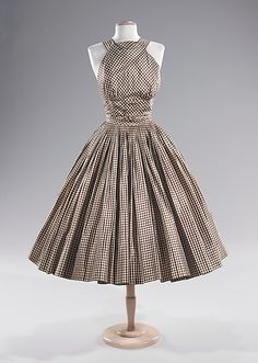 1951 Trina Norell Silk Cocktail Dress #dress #1950s #partydress #vintage #frock #retro #sundress #teadress #petticoat #romantic #feminine #fashion #plaid #gingham #checkered