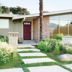 Budget-friendly curb appeal - Landscaping Ideas with Stone - Sunset