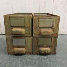 Tiroirs de meuble d'atelier métal