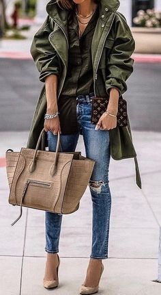 fall casual style obsession / olive green jacket ripped jeans