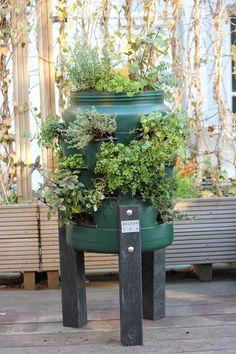 balkonton: verticale tuin en wormenhotel in één