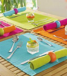 Manteles con mucho color para decorar la mesa