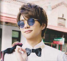 How To Look Handsome, Fujoshi, Cute Guys, Photo Book, Cat Eye Sunglasses, How To Look Better, Idol, Actors, Celebrities
