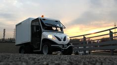 http://www.alke.com/electric-commercial-vehicles Compact, fast, silent and eco-friendly: ATX210E with closed box are the ideal electric commercial vehicle for transporting merchandise in urban settings, even on dirt roads.