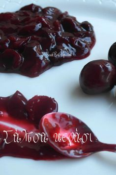 Cherry Sauce, Happy Foods, Food Website, Greek Recipes, Vegan Desserts, Love Food, Sweet Tooth, Food And Drink, Yummy Food
