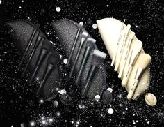MAC Objects of Affection Collection for Holiday 2014  Three M∙A∙C Keepsakes Brush Kits in Mineralize, Studio and In Extra Dimension  #beautynews #beauty2014 #beautyproduct  #cosmetic2014 #cosmeticnews #makeup2014 #makeup   #beautyfall #fall2014 #Maquillage2014